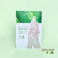 Маска-перчатки для рук увлажняющая с охлаждающим эффектом Nature Republic Real Squeeze Aloe Vera Moisture Hand Mask