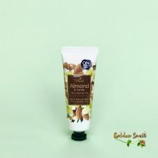 Крем для рук с маслом миндаля и ванили On The Body Almond&Vanilla Hand Cream