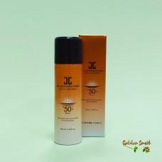 Солнцезащитный спрей с охлаждающим эффектом 100 мл Jayjun Real Water Brightening Black Sun Spray SPF 50+ PA ++++