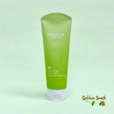 Себорегулирующая пенка-скраб с экстрактом винограда 145 мл Frudia Green Grape Pore Control Scrub Cleansing Foam